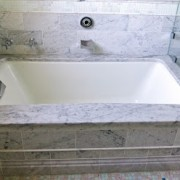 Kohler Tea for Two Bath Tub 1