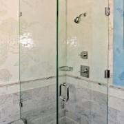 Shower Encloser with Kohler Valve